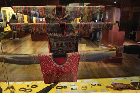 バンサモロの民族衣装