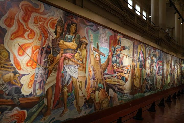 上院セッションホール壁画ラプラプ