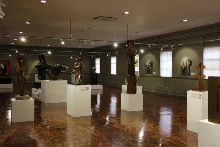 ギャラリー24彫刻展示
