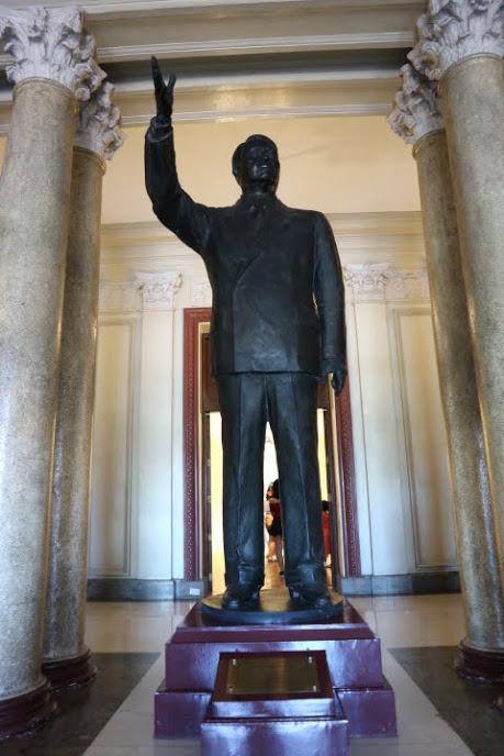 フィリピン国立美術館ロハス大統領