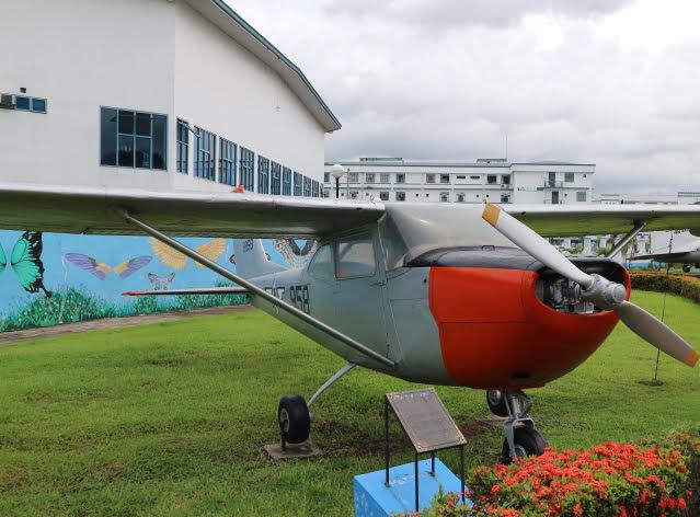 フィリピン空軍博物館セスナ172