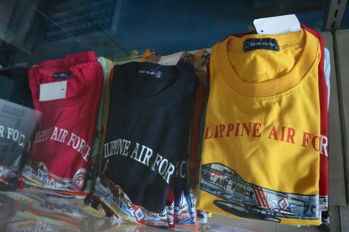 フィリピン空軍博物館Tシャツ