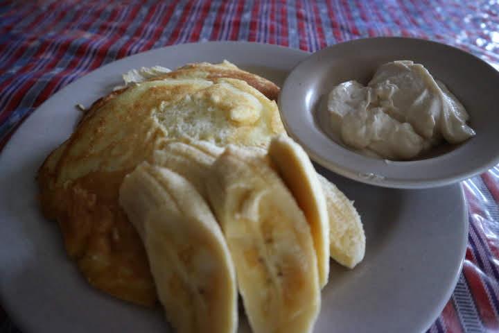 サガダSaintJosephレストランヨーグルトパンケーキ