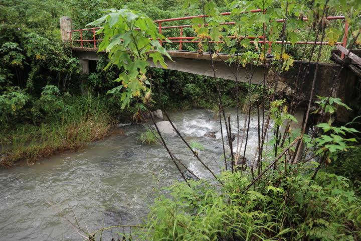 ボコンの滝トレッキング橋