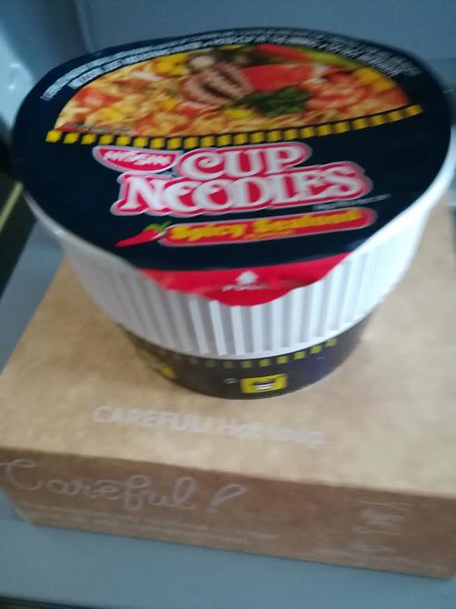 セブパシ機内インスタント麺