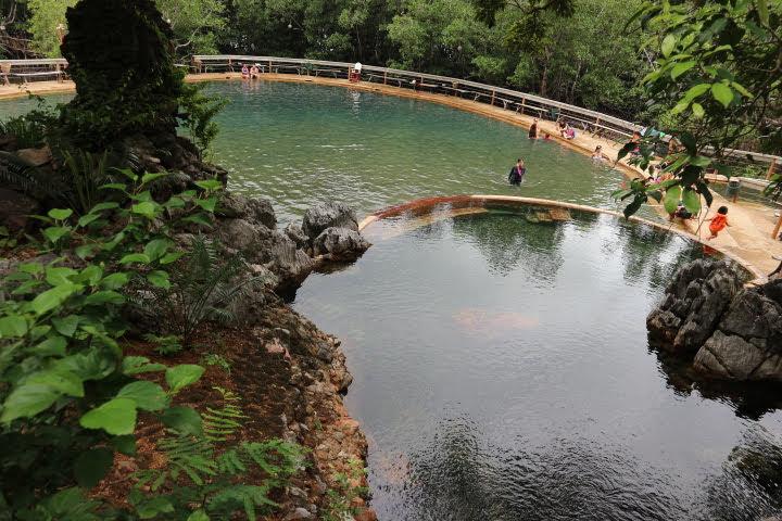 マキニット温泉プール
