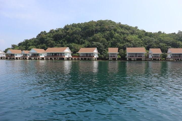 Sunlight Eco Tourism Island Resort到着