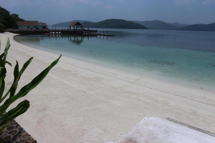 Sunlight Eco Tourism Island Resortビーチ西側