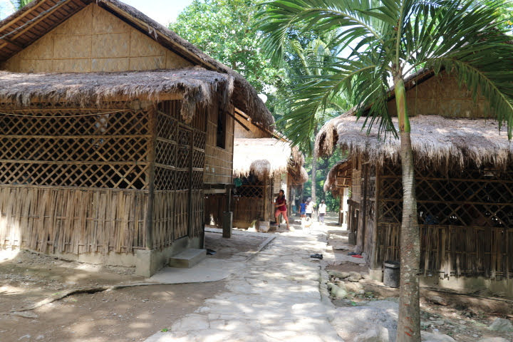 Talipanan村住宅