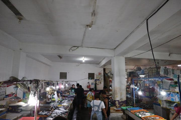 PuertoGaleraシーフード売り場