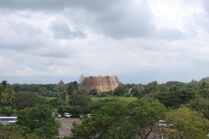 イスルムニア精舎からの眺め