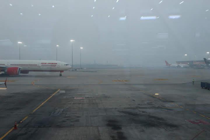 ニューデリー空港空気