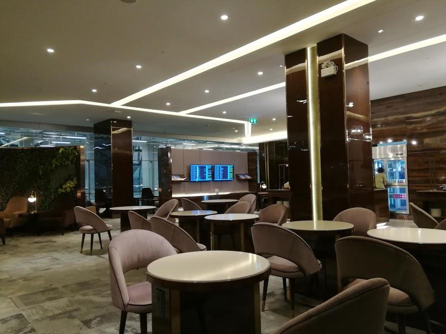 スワンナプーム空港タイ航空ラウンジ