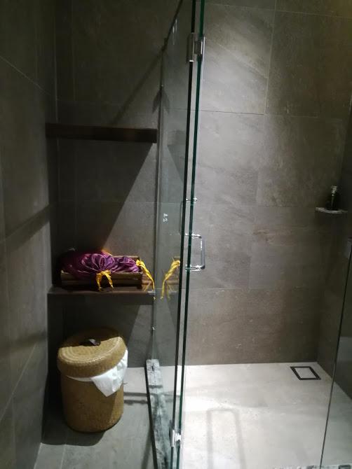 スワンナプームラウンジシャワー