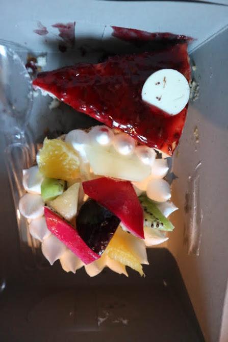 アンビエンスモールでケーキ