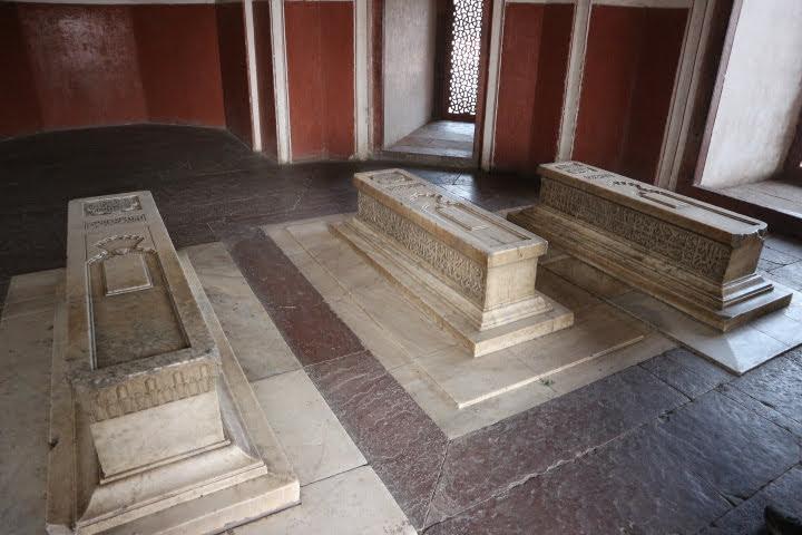 フマユーン廟内部