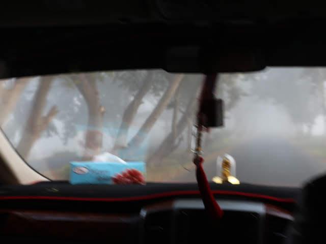 朝靄のなかカックー遺跡へ