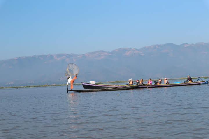 インレー湖漁師